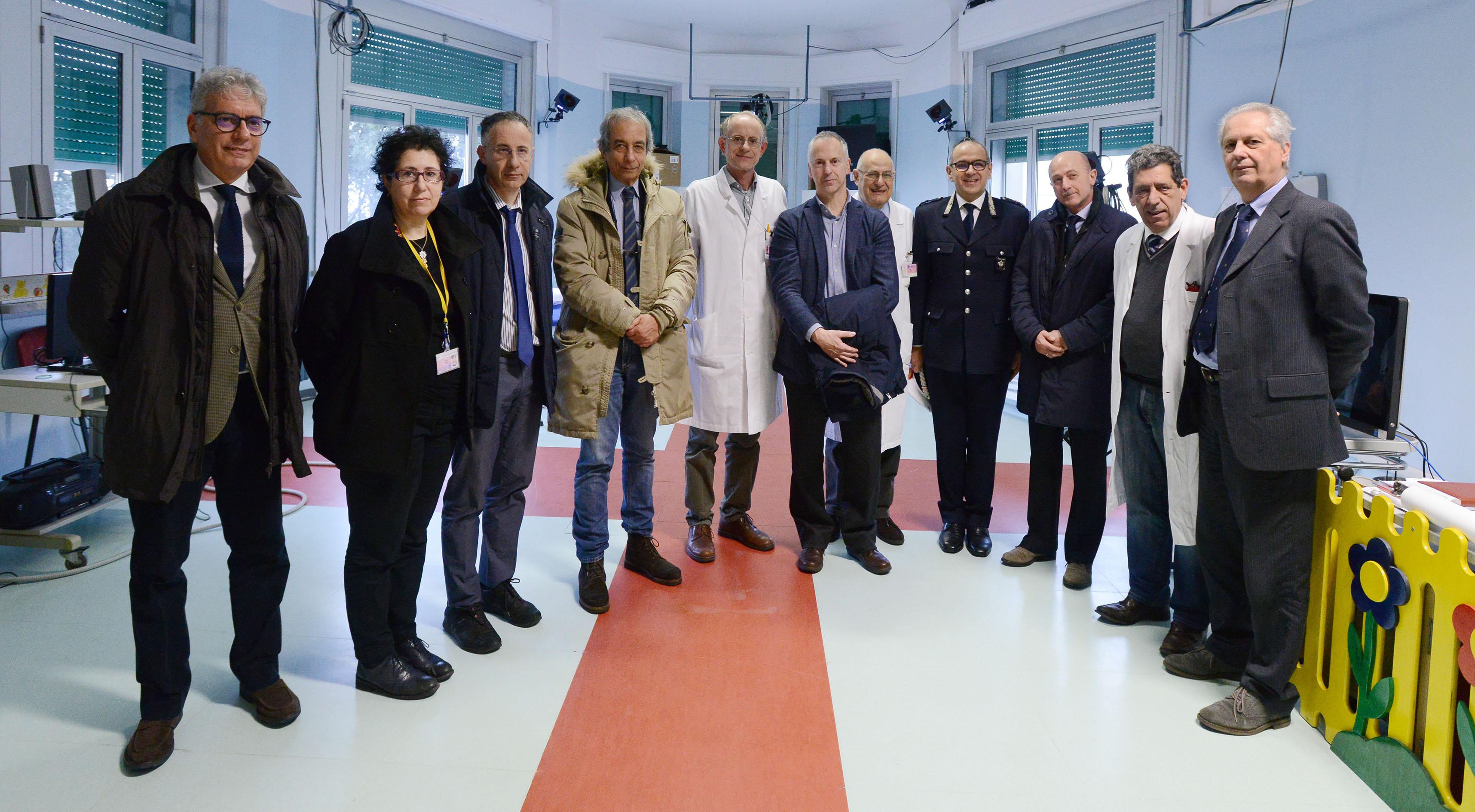 sindaco doria e comandante polizia municipale di Genova al Gaslini